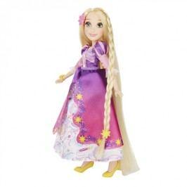Hasbro Panenka s náhradními šaty
