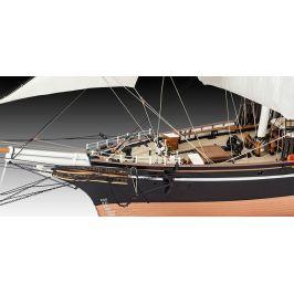 Revell ModelKit loď 05422 - Cutty Sark (1:96) - rozbaleno