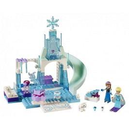 LEGO® Juniors 10736 Ledové hřiště pro Annu a Elsu