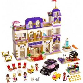 LEGO® Friends 41101 Hotel Grand v městečku Heartlake