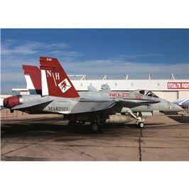 Model Kit letadlo 12520 - USMC F/A 18A+ VMFA-232 RED DEVILS